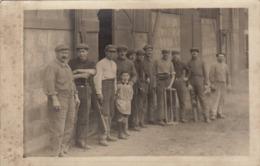 Photo Carte Postale Le Gueret Creuse Famille Buvat Atelier De Menuiserie - Guéret