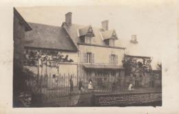 Photo Carte Postale Vichy Allier  Maison De La Famille Buvat - Vichy