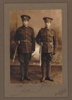 1914 Fotografia De 2 Portugueses (com Fardas Militares). Photographer BLOMFIELD & Co / HASTINGS UK 1914 WWI WAR - Fotos