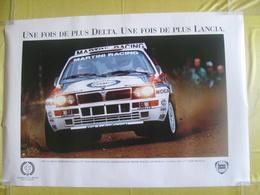 Affiche De Concessionnaire Lancia Delta Intégrale Martini Carlos Sainz 1992 6eme Fois Championne Du Monde Des Rallyes - Posters