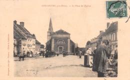 58 - Couloutre - La Place De L'Eglise Magnifiquement Animée Un Jour De Marché - ( Café ) - France