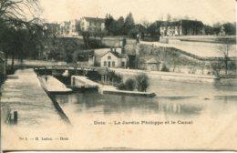 CPA - DOLE - LE JARDIN PHILIPPE ET LE CANAL - Dole