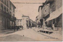 CPAB99 NOIRETABLE Grande Rue Et Place De La Mairie-hôtel-commerces-animée - Noiretable