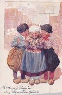 Jongen En Meisje In Klederdracht - 1900-1949