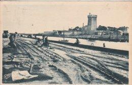 Les Sables D'Olonne - Le Séchage Des Filets Et La Tour D'Arundel - Sables D'Olonne