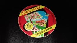 """Etiquette De Fromage """" Doux Pays   """" - Cheese"""