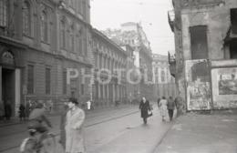 1957 STREET SCENE MILANO MILAN ITALIA ITALY AMATEUR 35mm ORIGINAL NEGATIVE Not PHOTO No FOTO - Photographica