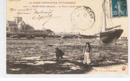 CPA BARFLEUR (50) Le Port à Marée Basse Ecrite En 1920 - Barfleur