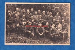 CPA Photo - Portrait De Militaire Français Dans Un Camp / Stalag - Accordéon Hohner Mandoline Chat POW WW2 - Guerre 1939-45