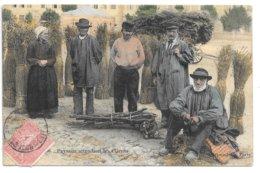 Cpa..clermont-ferrand....paysans Attendant Les Clients......animée..... - Marktplaatsen