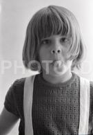 1973 GIRL JEUNE FEMME PORTUGAL AMATEUR 35mm ORIGINAL NEGATIVE Not PHOTO No FOTO - Photographica