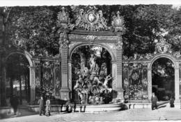 DEPT 54 : édit. Du Globe N° 3 : Nancy Place Stanislas Fontaine D Amphitrite - Nancy