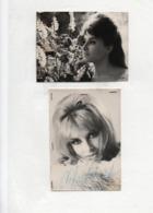 AUTOGRAPHE -Valérie LAGRANGE- Chanteuse,interprète - 2 Photos Dédicacées  ( 12 X 9  Et 13 X 9  Cms ) - Dédicacées