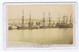 CDV   BOULOGNE-SUR-MER   -  Le Bassin à Flot - Oud (voor 1900)