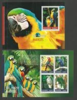 UGANDA 2014 BIRDS PARROTS SET OF 2 M/SHEETS MNH - Uganda (1962-...)