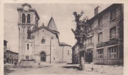 RAUCOULES  La Place Et L Eglise - Autres Communes