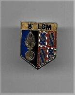 PINS GENDARMERIE ECU BLASON 8 ème LGM RENNES / Doré  Signé PIn's Story 2.5x1.5cm / 33NAT - Militaria