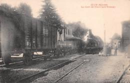 58 - Cuzy - La Gare De Flez-Cuzy-Tannay - Gros Plan Sur Le Train - Les Wagons - Francia