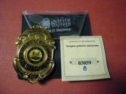 Réplique Exacte De La Plaque De POLICE WEST VIRGINIA USA 62 Mm X 40 Mm Pour 61 Grammes Par Gode Avec Certificat Garantie - Stati Uniti