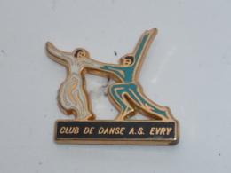 Pin's CLUB DE DANSE A.S. EVRY - Pin