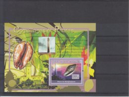 Republique De Guinee / Coquillages Et Phares - Timbres