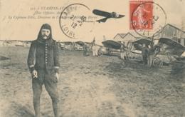"""Aviateur FELIX - Texte Et Signature AUTOGRAPHE Sur CP """" ETAMPES AVIATION Nos Officiers Aviateurs Le Capitaine Félix """" - Aviateurs"""