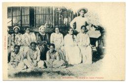 BORA BORA. La Reine Et Ses Dames D'honneur.. - Polynésie Française
