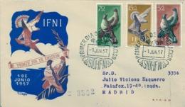 1957 IFNI , SOBRE DE PRIMER DIA CIRCULADO  , ED. 135 / 137 , PRO INFANCIA , AVES , PALOMAS - Ifni