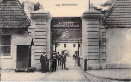 MILITARIA ( Caserne ) 17 - ROCHEFORT : 4 ème DEPOT Des EQUIPAGES De La FLOTTE - CPA - Charente Maritime - Casernes