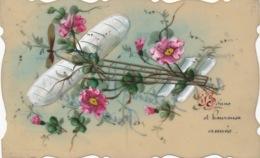 I168 - Carte En Rodoïde - Avion - Fleurs - Bonne Et Heureuse Année - Cartes Postales