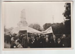94 - St Maur - Photo - Cérémonie Devant Le Monument Aux Morts - Saint Maur Des Fosses