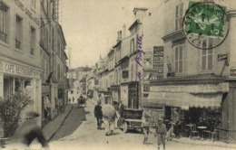 THORIGNY Rue Du Pont De Fer Commerces Voitures Bon Plan RV - France