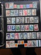 Timbres Neufs ** France Année Complète 1955 N°1008 à 1049 - France