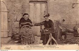 Fileuses Bourbonnaises - Une Bonne Prise.  Rouet Tabac.  Timbre Olympiade 1924 Paris - Non Classificati