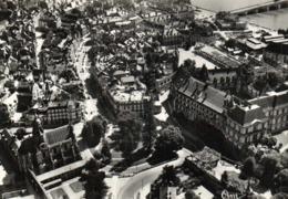 CPSM Grand Format BLOIS  Vue Aérienne Le Chateau ,le Square Vicror Hugo Et La Rue Denis Papin RV Combier - Blois