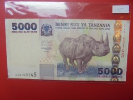 TANZANIE 5000 SHILLINGI 2003 CIRCULER (B.9) - Tanzania