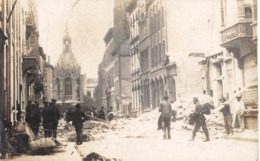 CPA -  Belgique, OSTENDE / OOSTENDE,  Rue Après La Bombe - Guerre,  Carte Photo - Oostende