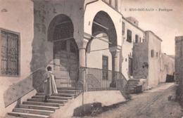 SIDI-BOU-SAID - PORTIQUE ~ A VINTAGE POSTCARD #99725 - Tunisia