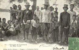 Groupe De Laotiens Du Bas Los + Beau Timbre 5 Inochine RV - Laos