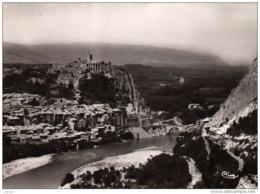 SISTERON . La Citadelle Et La Durance.Carte écrite En 1959. 2scans - Sisteron
