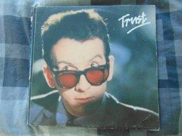 Elvis Costello & The Attractions -trust (mst) - Vinyl-Schallplatten