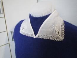 Très élégant Col De Robe Ancien En Coton Brodé Années 40 Voir Détails Sur Photos BE N°7 - Vintage Clothes & Linen