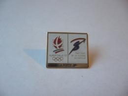 PIN'S PINS  ALBERVILLE 92 JEUX OLYMPIQUES PARCOURS DE LA FLAMME OLYMPIQUE LA POSTE - Post
