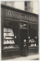 Chalon Sur Saone - Photo De La Librairie JANNIN-MULCEY, 23 Rue Du Châtelet - Mme Jannin-Mulcey, La Propriétaire. - Chalon Sur Saone