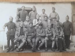 Carte Photo 14/18 Soldat Coloniaux Dont Indochinois Et Malgaches - 1914-18