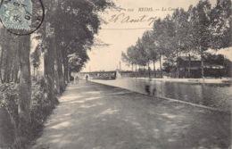 France 51 Marne  Reims  Le Canal Des Chevaux Tire Une Bateau Binnenschip Paarden Jagen Cheval De Hallage      Barry 422 - Reims