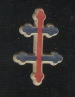 Broche Croix De Lorraine Tricolore - Circa 1945 - Plastique - Insigne & Ordelinten