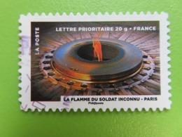 Timbre France YT 754 AA - Le Timbre Fête Le Feu - La Flamme Du Soldat Inconnu à Paris - 2012 - Autoadesivi