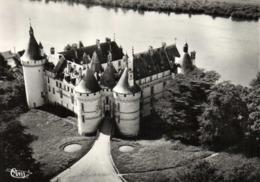 CPSM Grand Format CHAUMONT S/ LOIRE  Le Chateau Vue Aérienne RV - Francia