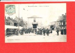 50 BARNEVILLE Sur MER Cpa Animée Le Marché Mairie    Coll Dolbet - Barneville